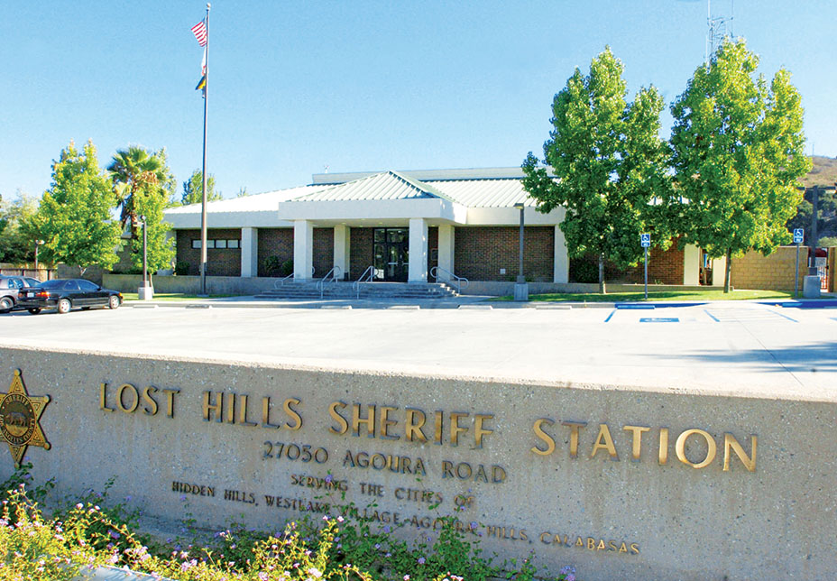 Sheriff Station where Jennifer Aniston's burglary suspect is being held, Ca
